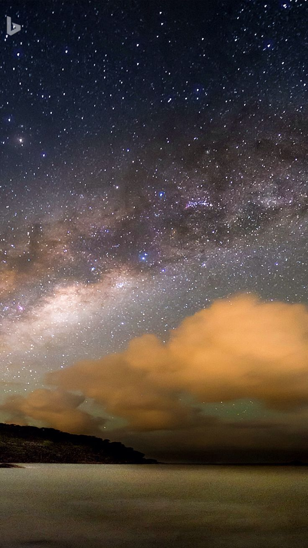 Multnomah Falls Wallpaper Milky Way Galaxy Over The Atlantic Ocean Bing Wallpaper