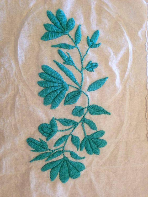 Knitting Embroidery Bordado : Bordado mexicano en un solo color textil trends