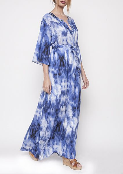 A%20magnificent%20caftan,%20long,%20airy%20100%%20natural%20viscose,%20ideal%20for%20those%20hot%20summer%20days.Particular%20detail%20the%20ribbed%20embroidered%20in%20the%20dress%20neckline