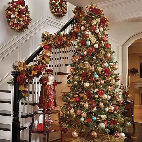 traditional holiday decorations holiday decorating ideas pinterest christmas trees natal. Black Bedroom Furniture Sets. Home Design Ideas