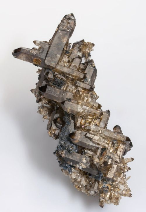 Smoky Quartz - Mount Malosa, Zomba District Malawi These resemble multiple Japan law twins but they are not twins. This phenomenon is seen on similar specimens from the Erongo Mountains, Namibia.