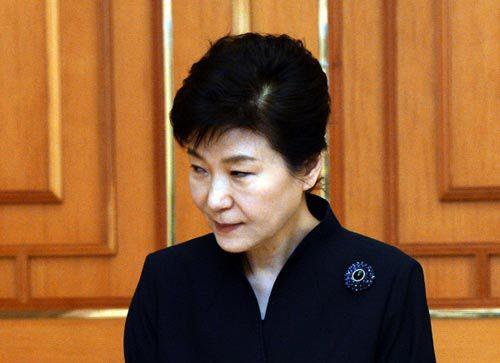 """이상돈 """"박근혜 대통령, 지지세력들이 환멸 느껴"""""""