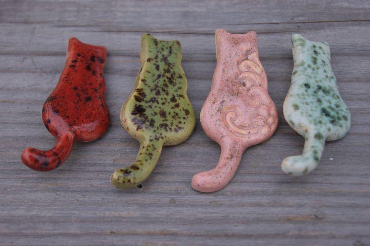 Cute cat brooch, #catpin, ceramic brooch, ceramic pin, #catgift, #pinkcat pin, green #cat #pin, #redcat pin, ceramic cat brooch, Feline brooch http://etsy.me/2o7YDlZ #jewelry #brooch #birthday #steel #girls #green #animals #mothersday #ceramickittens