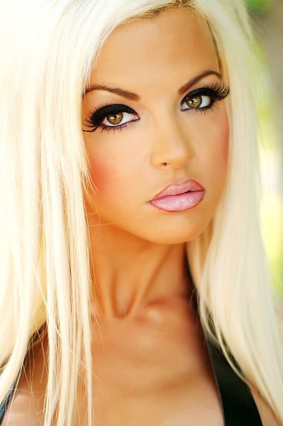 Pretty Blonde Teen Girl Stock Image Image Of Outside: I Dont Like Those Lips! The Lip Liner Is Too Harsh....she