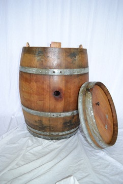 Wine Barrel Trash Can w/ removeable lid - 100% recycled Napa barrel - kitchen trash cans - Wine Country Craftsman