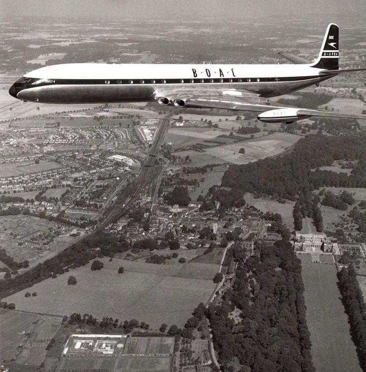 #OTD First flight of de Havilland Comet on 27 July 1949. #aeroausmag #history #aviation #dehavilland #comet #airliner #avgeek