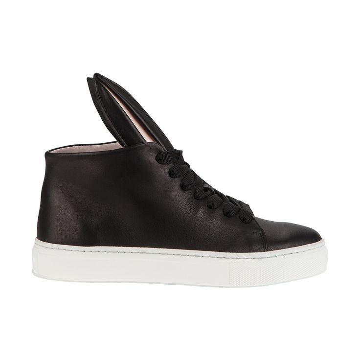 Shop Minna Parikka iconic Bunny Sneaks at the official online shop.