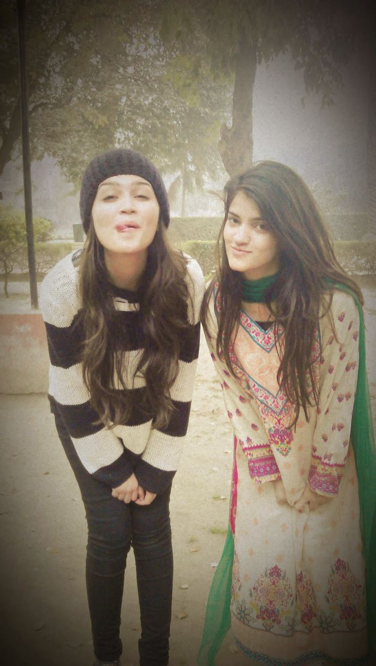 Desi Pakistani Hot Sexy College Girls Photos  Desi Girls -5061
