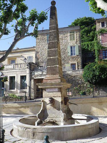 Une Fontaine à Rognes, Provence-Alpes-Cote d'Azur