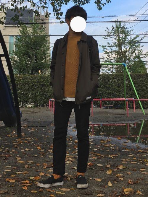 【コーディネート👕】 秋らしくマスタードカラーとカーキで統一感を持たせました!🍁 ニットだけでな