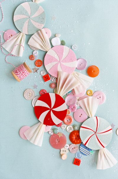 tutorial and templates for paper candy and canes for ornaments or garland