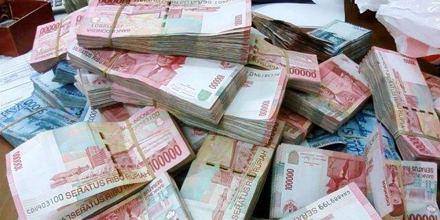 Cara Menggandakan Uang Menurut Islam - Indopress, Serba – Serbi – Masih hangat di ingatan tentang ramainya berita penggandaan uang yang dilakukan Dimas Kanjeng beberapa waktu lalu. Beberapa kasus serupa muncul setelahnya. Berharap ingin cepat kaya, …