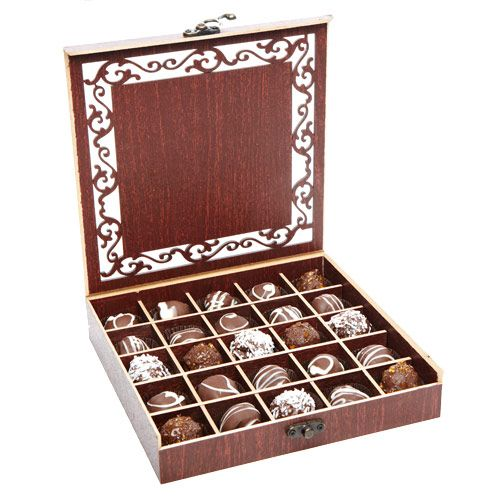 25 fine chocolate truffles made from the best Belgian chocolates and delicious chocolate fillings are in the attractive wooden box into place. A high quality gift for recipients with a sense of treat. http://www.fnp.com/valentine/valentine_Chocolate%20_day.html