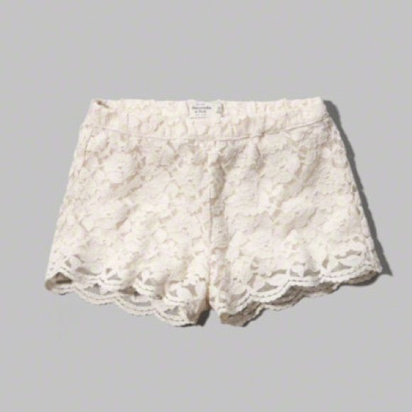 Cream lace shorts Cotton shorts with cream lace! Very comfortable and cute !! Worn once Abercrombie & Fitch Shorts