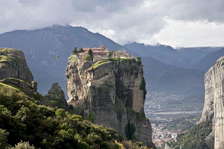 Monasterio Holy Trinity. Meteora, Grecia. Howard Koons
