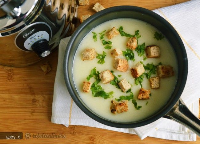Supa Crema de Conopida cu Usturoi - de post, pregatita cu blenderul Oster