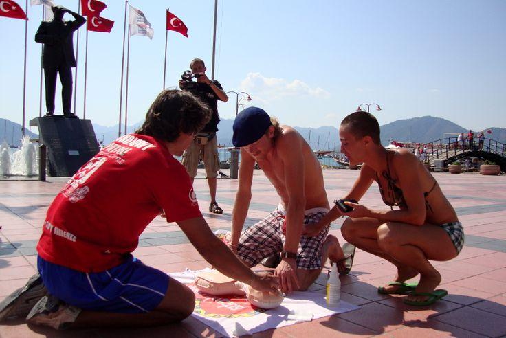 Podczas Ekspedycji Pokojowego Patrolu do Turcji, również staraliśmy się rozpowszechniać naukę pierwszej pomocy.