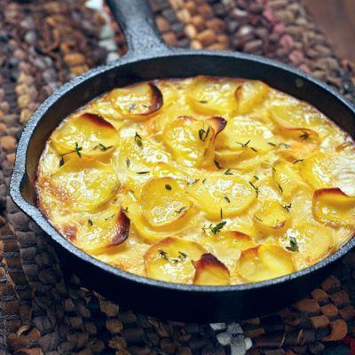 Appetizing Cheesy Potatoes Au Gratin