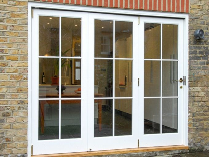 Bi-Fold #TimberDoor manufactured and installed by The Sash Window Workshop