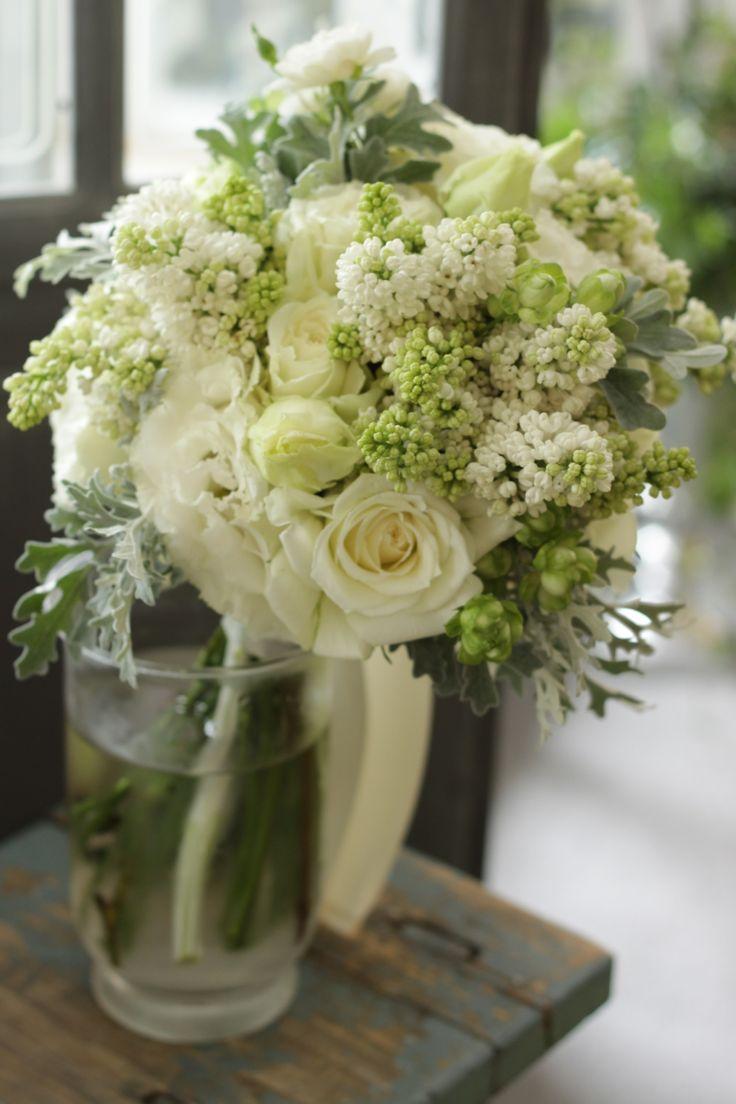 クラッチブーケ/ライラック/花どうらく/ブーケ/http://www.hanadouraku.com/bouquet/wedding/