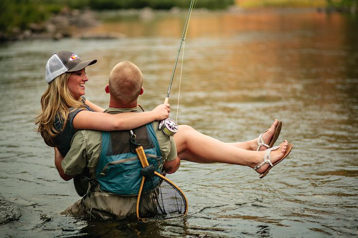 the most perfect engagement photos i have ever seen. This is what mine will look like. Beer, flyfishing and dogs