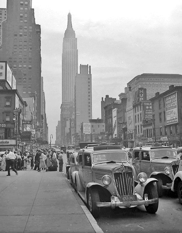 Checker taxi cabs on 34th Street, New York, 1938