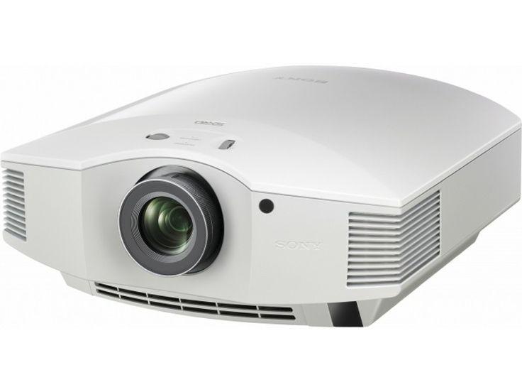 Basé sur une matrice SXRD à 3 panneaux Full HD de 0.61 pouces, le vidéoprojecteur 3D Sony VPL-HW55ES prend la suite de l'excellent HW50. Son bloc optique a été largement optimisé, tandis que la technologie Iris3 adapte le niveau de luminosité dans chaque scène en sélectionnant le contraste adéquat. | #videoprojecteur #HomeCinema #Image #Sony #VPLHW55ES