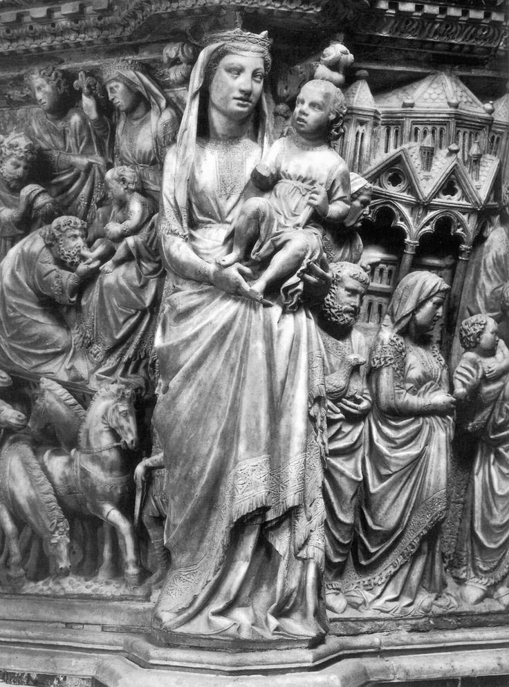 Nicola Pisano, Madonna and Child 1265-68 Marble, height 85 cm Duomo, Siena