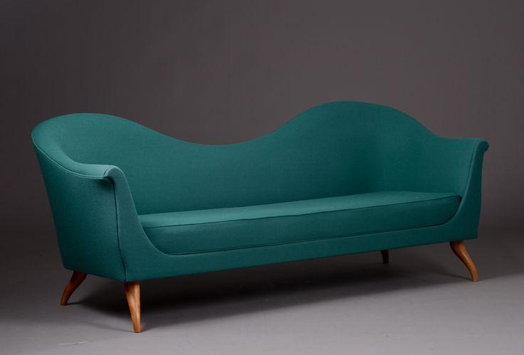 Gubi Olsen. Sofa model Louis