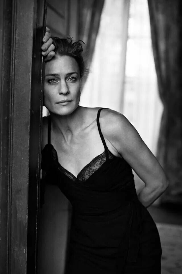 Any time you can make me feel like the strong, gorgeous, graceful force of a woman Robin Wright is, my life would be MADE. Major Role Model.