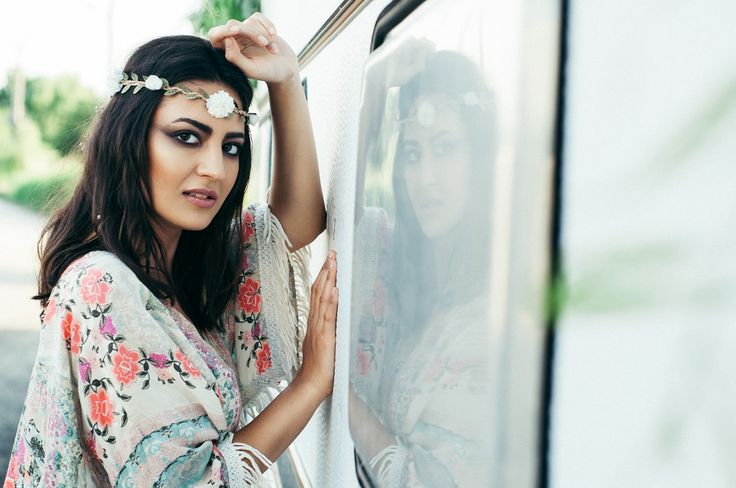 #editorial #beauty #fashion #makeup #mymakeup #oanabusuioc #mirror #van #smokey #black #brown #eyes #flower #boho #chic #gypsy