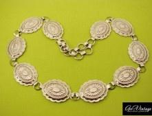 Мексиканские мотивы  Интересный винтажный пояс из Мексики, выполен из стали, серебристого цвета. Крупные пластины с орнаментальным узором отлично ложатся не только на пояс, но и на бедра. Длина может регулироваться. Подойдет на размеры 42 - 48.