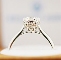 Breathtaking from all angles, stunning details on this diamond ring