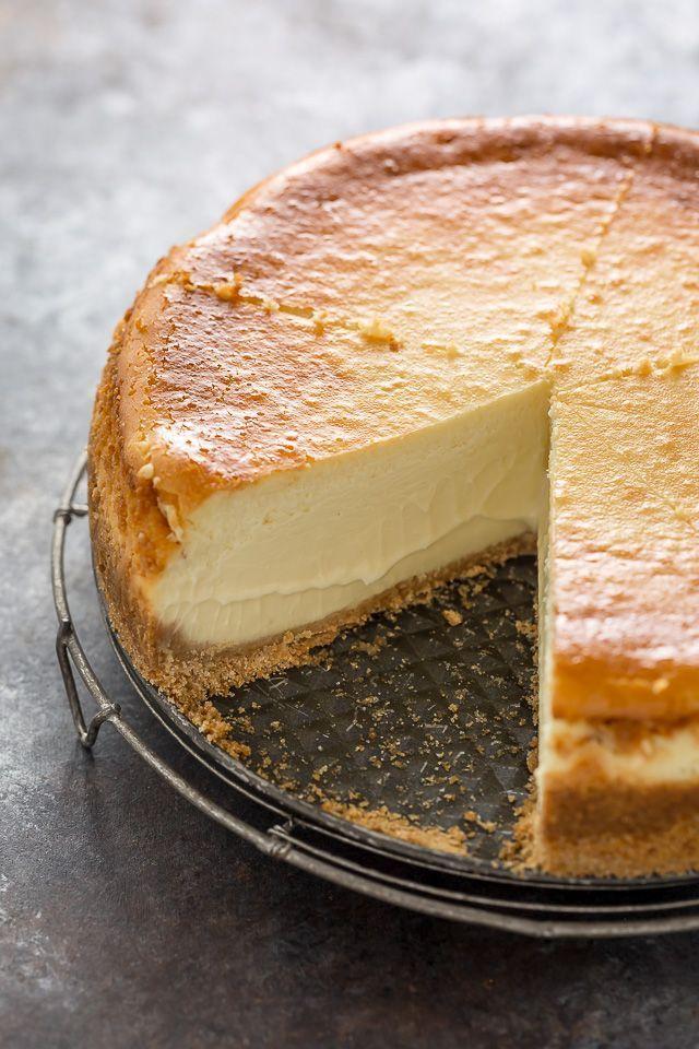 Dieser extra reichhaltige und cremige Käsekuchen ist gefrierfreundlich und so lecker! Perf …