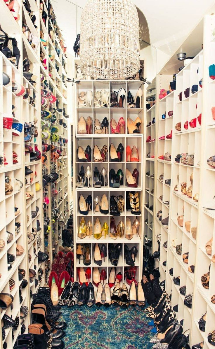 Dream Shoe Closet. Yes Please!