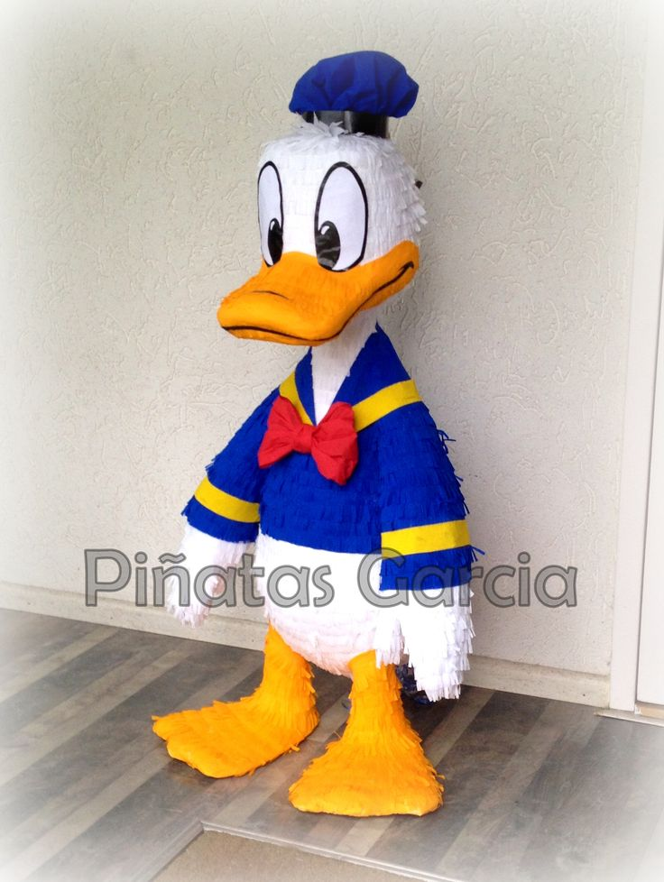 Donald Duck Pinata