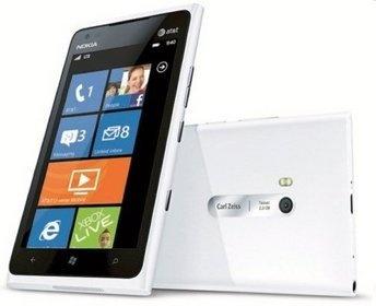 Flagowy model fińskiego producenta i chwilowo najpotężniejszy smartphone z Windowsem Phone na pokładzie. (Do czas premiery Windows 9 i Lumi 920)