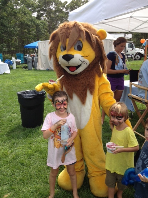 Max Cure Foundation Roar for a Cure Carnival 2012