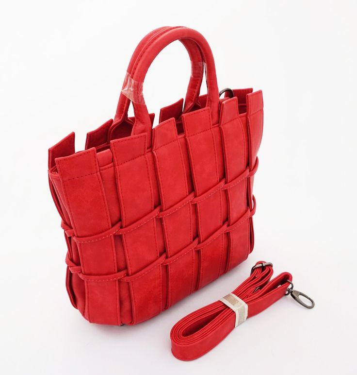 Mary-Ann Korean Bag, keren bahan tebal. Bisa tenteng dan tali panjang selempang…