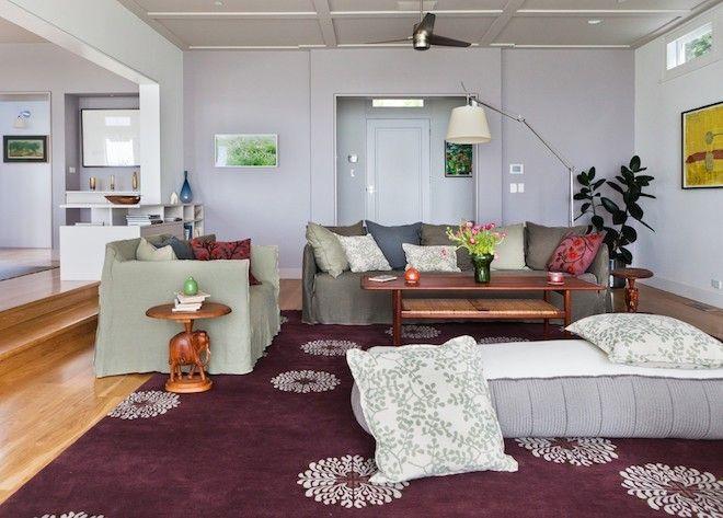 Wohnzimmereinrichtung Teppich Bodenkissen Gemustert