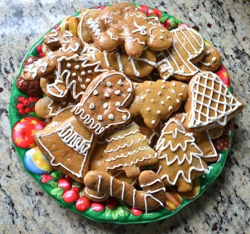 Christmas in Slovakia, Recipe for Medovniky Spice Cookies. Holidays Around the World Series.