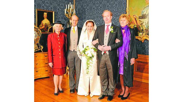 Duchess Beatrix von Oldenburg + Sven von Storch via Royaldish