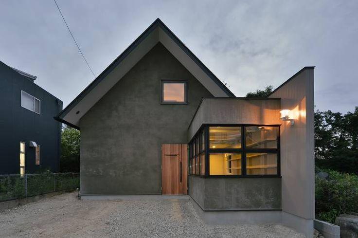 守山の家: Nobuyoshi Hayashiが手掛けたtranslation missing: jp.style.家.modern家です。