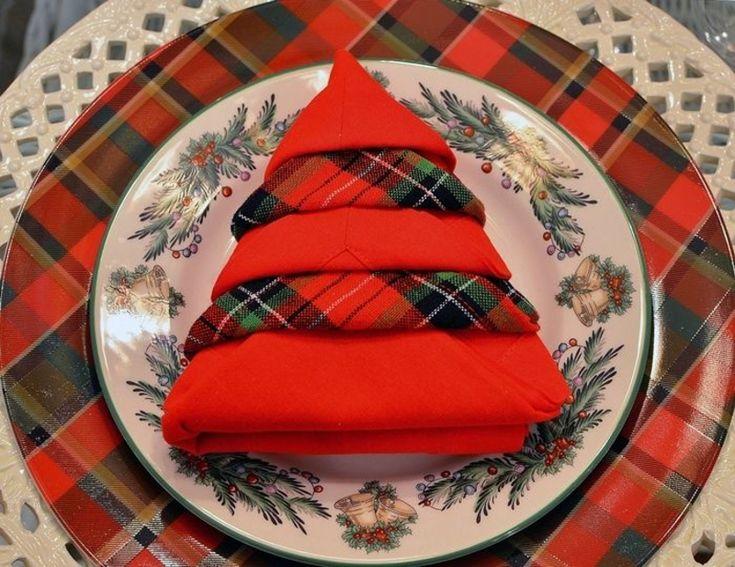 15 besten basteln bilder auf pinterest weihnachtsb ume basteln weihnachten und servietten falten. Black Bedroom Furniture Sets. Home Design Ideas