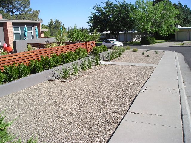 32 best images about mid century modern on pinterest mid for Modern landscaping