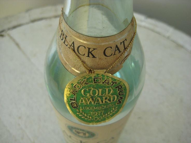 Black Cat Rum medaille uit 1977