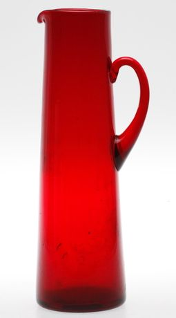 49710. KANNA, rött glas, Reijmyre, 1900-tal.