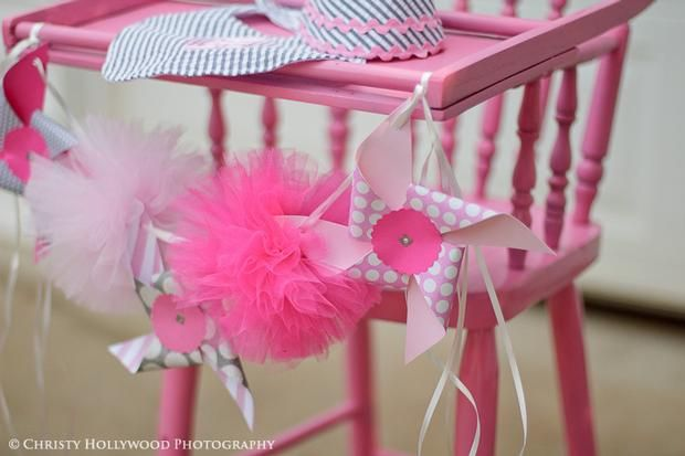 Hostess with the Mostess® - Pinwheels and PomPoms