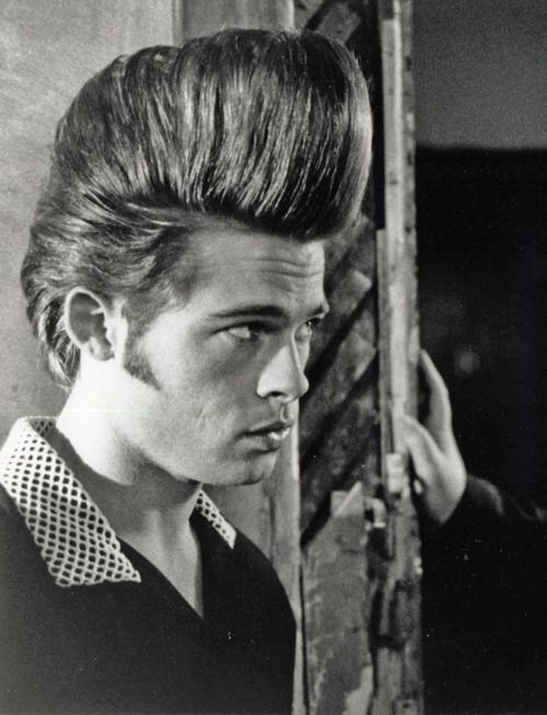 Brad Pitt  in Movie, Johnny Suede 1991