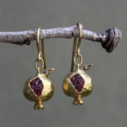 "WHITEbIRD | ""Pomegranate"" earrings - Cathy Waterman"